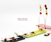 Small Entities Appetizer Tray E16 Degusto in Black by Mebel