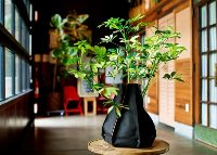 Woolly Pockets Steve 6-Sided Recycled Black Felt Planter